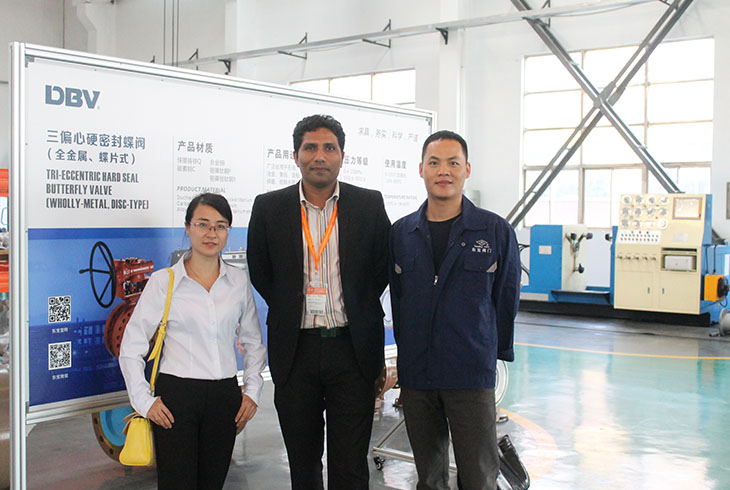 Asia-Customer-Visit-DBV-Factory